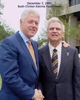 TW & Clinton-1_60687ea583.jpg
